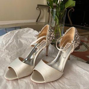 Badgley Mischka Peep Toe Ankle Strap Platform Heel